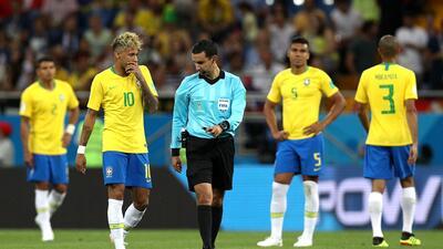 Brasil cuestionó ante FIFA trabajo de árbitro mexicano