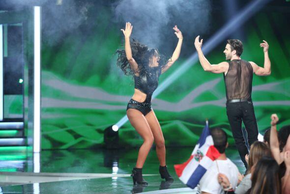Geisha y el guapísimo actor Salvador Corpa bailaron al ritmo de Pitbull....