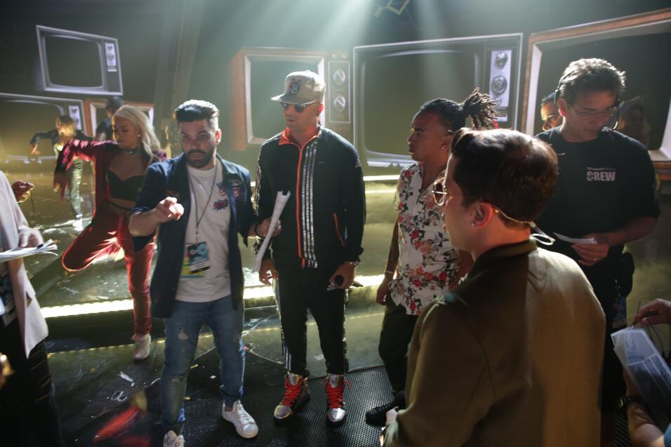 Wisin, Bad Bunny, Ozuna, De la Guetto y Arcángel en los ensayos d...