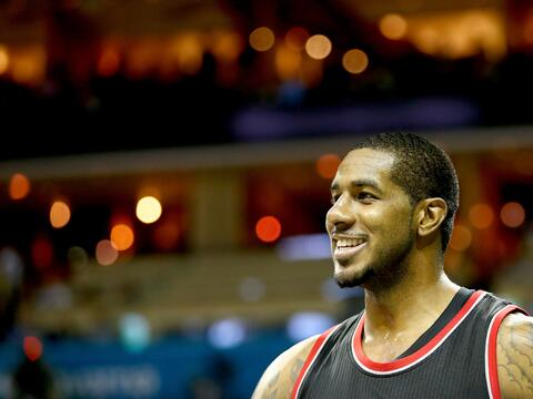 LaMarcus Aldridge / No restringido / Power Forward / 6-11 / Equipo: Port...