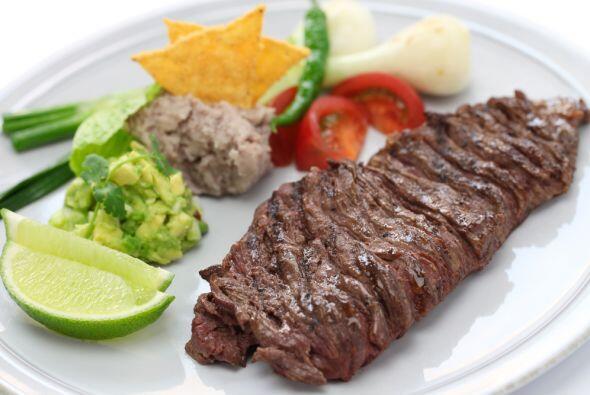 Esta es la receta ideal para que acompañes con unas carnes a la parrilla...