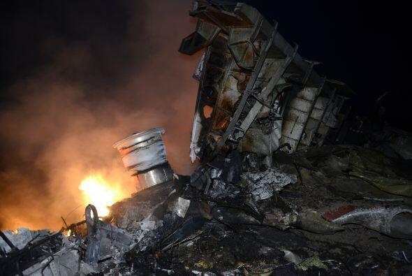 Una aeronave de Malaysia Airlines se estrelló con 298 personas ab...