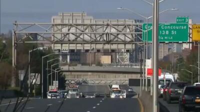 Accidente de tránsito en Nueva York deja una mujer embarazada muerta y tres heridos