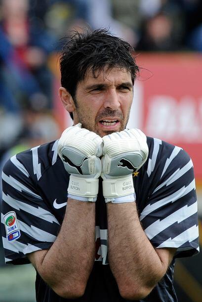 ¿Pero qué le pasa a Gianluigi Buffon, arquero de la Juventus? Parece tan...