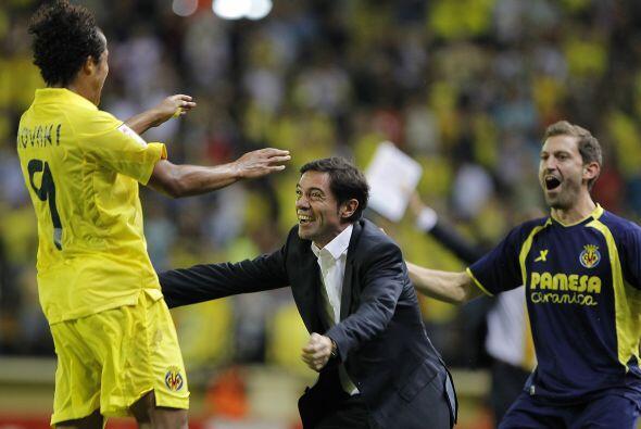 Giovani se lanzó al contragolpe en la parte final del partido y encaró a...