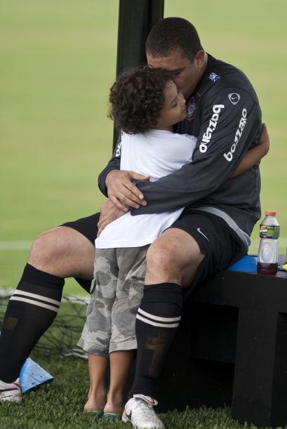 Una escena a la cual le sobran las palabras, según Ronaldo, ´nos estamos...