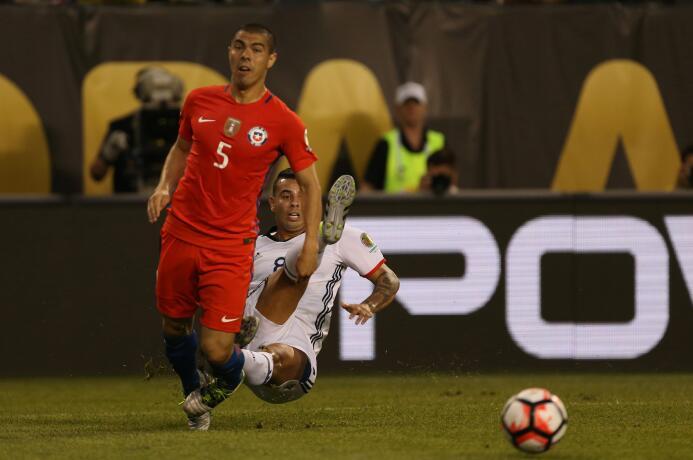 El ranking de los jugadores de Colombia vs Chile GettyImages-542230622.jpg