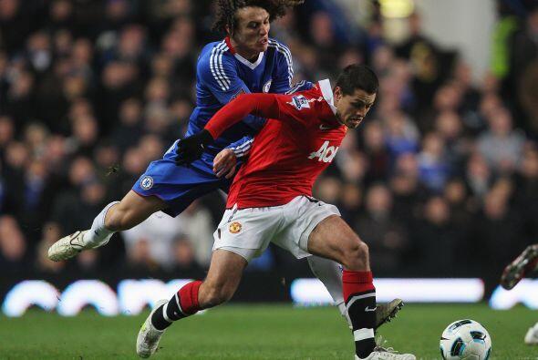 El escenario fue Stamford Bridge y Javier 'Chicharito' Hernánde< fue tit...