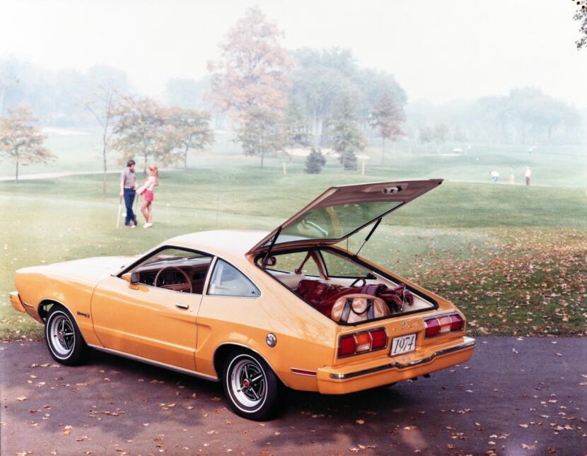 Medio siglo del Ford Mustang Fastback 16_1974_Ford_Mustang_neg_CN7403-65...