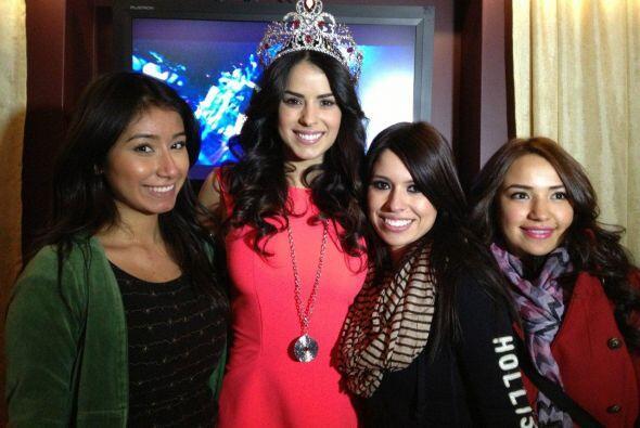 Las chicas de Chicago agradecieron la amabilidad de la reina.