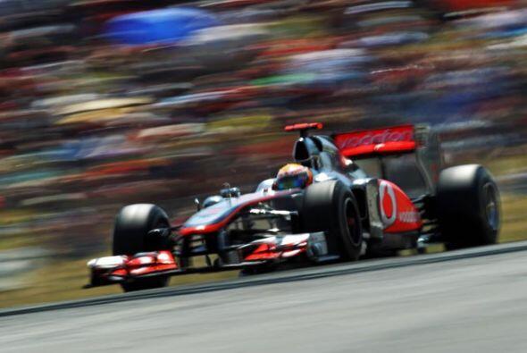 Hamilton hizo todo lo posible por superar a Vettel en la segunda mitad d...