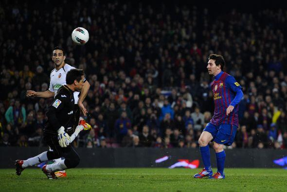 Y el argentino insistía, si muchos de los fallos que tuvo ante la porter...