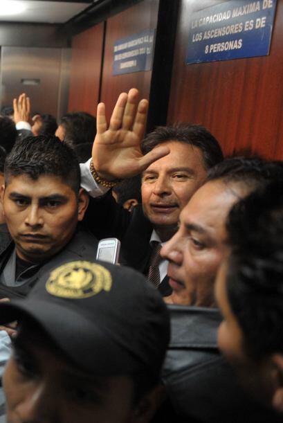 Después de escuchar la sentencia, el ex presidente dijo a los per...