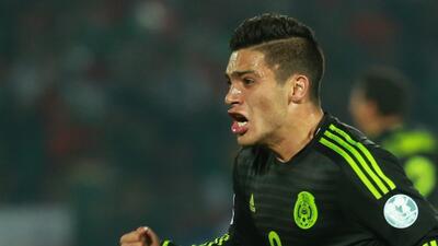 El técnico del Granada tiene como prioridad reforzarse con Raúl Jiménez...