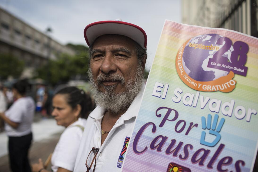 Photos: Activists push for greater access to abortion in El Salvador el-...