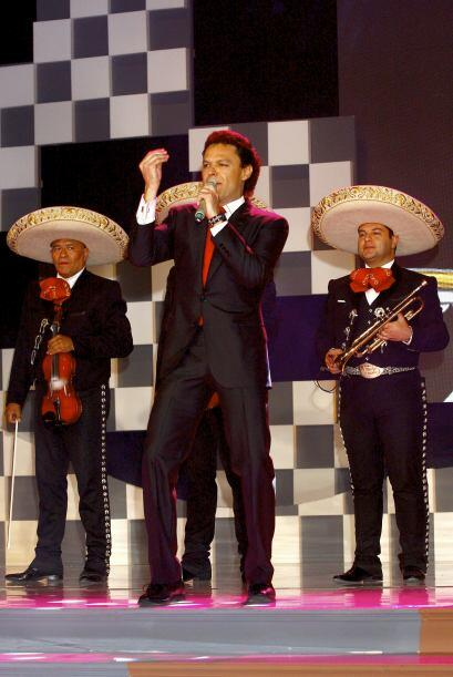 Pedro interpretará el tema musical de la telenovela.