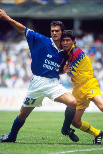 En su debut como director técnico en Primera División, al sustituir al '...