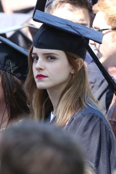 Emma estudió Literatura Inglesa. Vota aquí por los nominados a Premios J...
