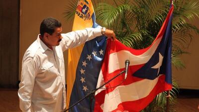 Maduro confunde bandera de Cuba y Puerto Rico