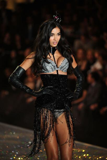 Kelly Gale lució este bello 'push up' estampado ¡listo para...