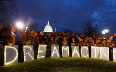 Manifestantes frente al capitolio de Washington se unen en apoyo a la Ac...