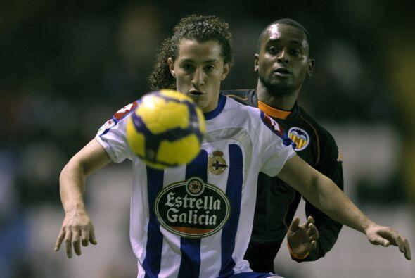 En la Jornada 14 de la campaña 2007-2008 se enfrentaron Carlos Vela y An...
