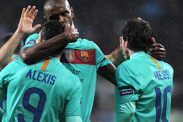 El equipo 'culé' le ganó por 3 a 1 al Leverkusen en el primer partido de...
