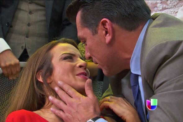¡No puede negar que aún siente amor! Don Fernando fue de los primeros en...