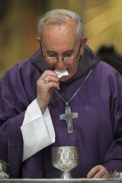 Poco amigo de las apariciones en los medios, Bergoglio ha tratado de man...