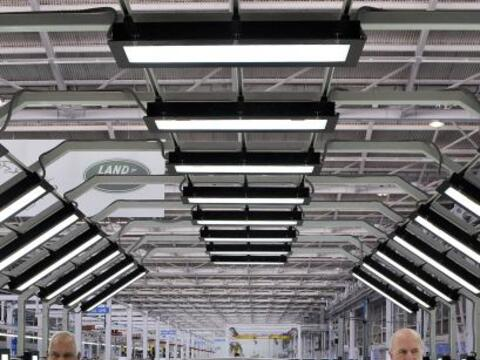 El Grupo Tata inauguró su primera planta en India para fabricar m...