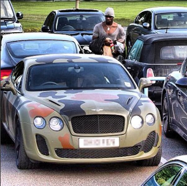 En 2012 'Super Mario' compró un Bentley Continental Coupe en el...