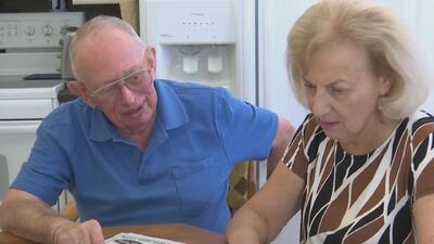Adultos mayores se preparan para ejercer su derecho al voto, ¿qué es lo que más les preocupa?