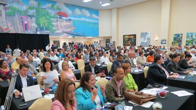 Boricuas en el Encuentro Nacional de la Diáspora Puertorriqueña en Orlando.