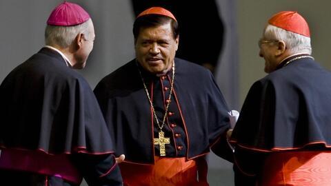 Anuncian la dimisión del cardenal Norberto Rivera tras denuncia por pres...