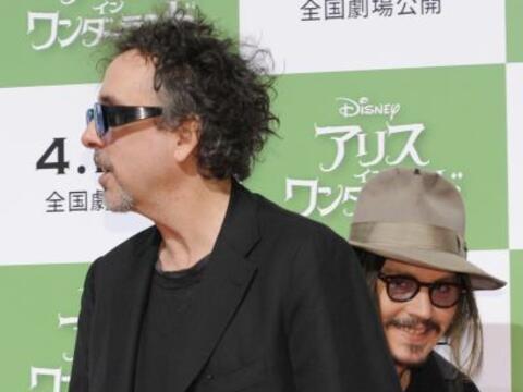No es que Tim Burton sea muy fotogénico en las alfombras rojas, p...