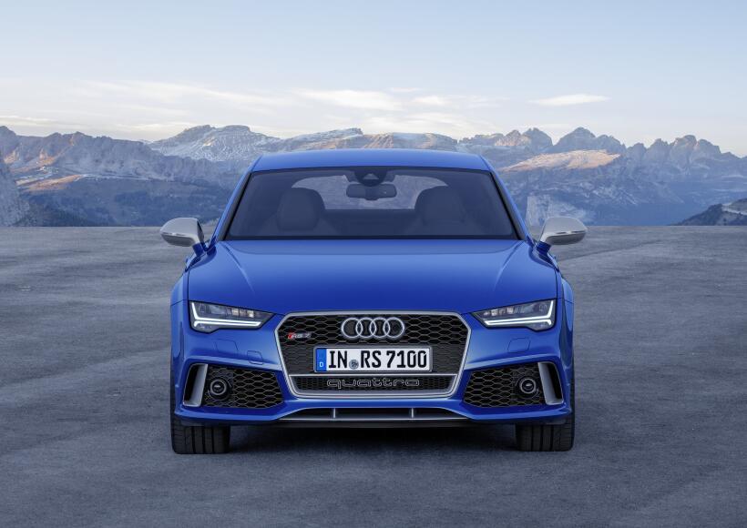 Audi llega a Los Angeles con sobrepeso de potencia en las maletas audi-r...