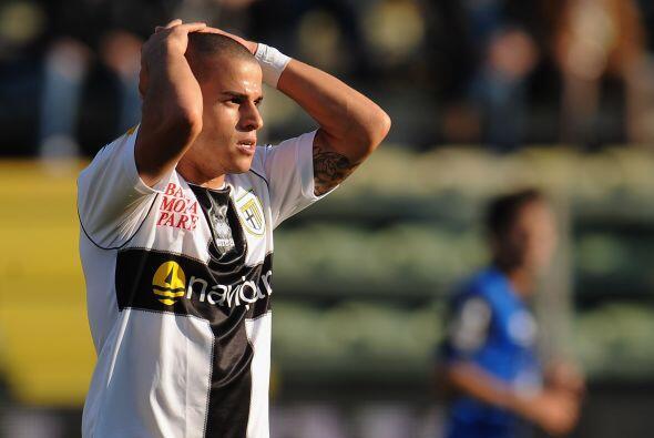 Pero ni la localía le sirvió y Parma cayó por 2-1.