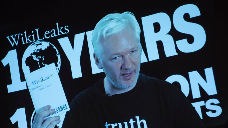 Assange permanece asilado en la embajada de Ecuador en Londres desde 2012.