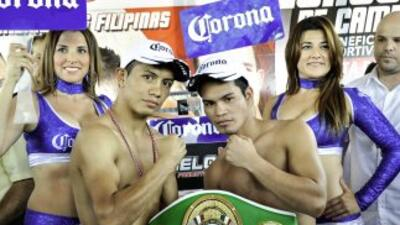 Santos y Golez en peso (Foto: Canelo Promotions)