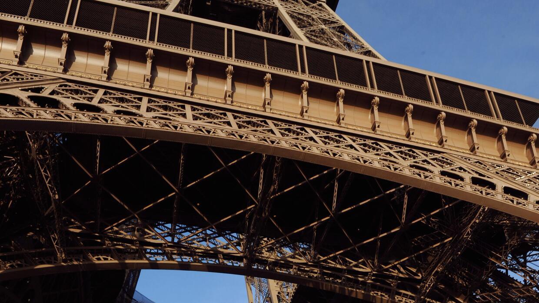 Atención especial en los sitios turísticos de París