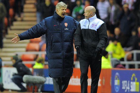 Arsenal nunca pudo encontrar su juego.