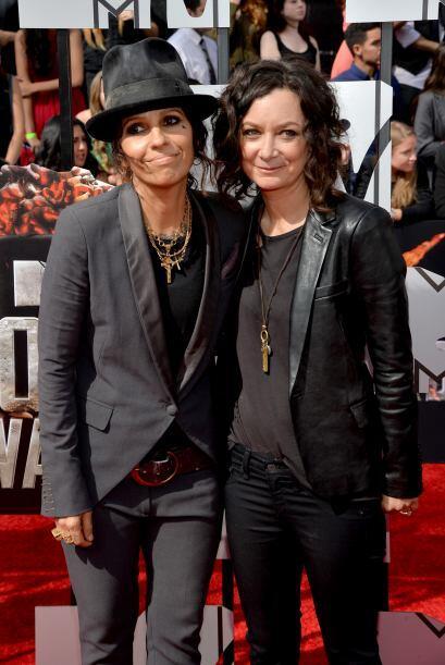 """Recién casadas, la rockera Linda Perry y la actriz de """"The Big Bang Theo..."""