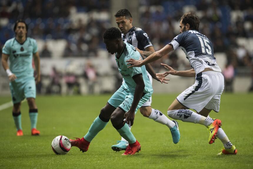 Monterrey empató con Santos y peligra el liderato general 20171109-2262.jpg