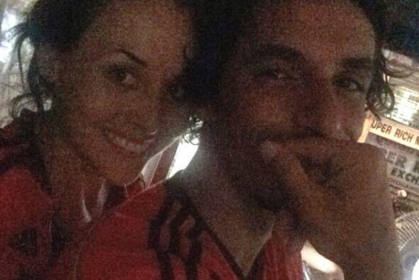 Zuria Vega apoyó a la Selección junto a su prometido Alberto Guerra.Todo...
