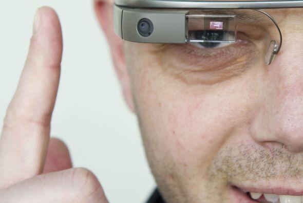 La belleza está en quien la mira... con las gafas Google Glass. A...
