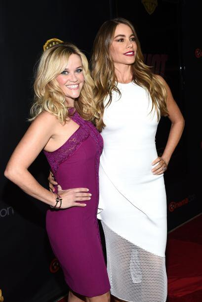 Reese Witherspoon y Sofia Vergara en Las Vegas.