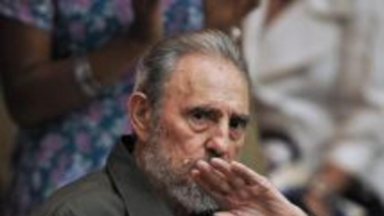 El líder cubano, Fidel Castro defendió a la senadora colombiana, Piedad...