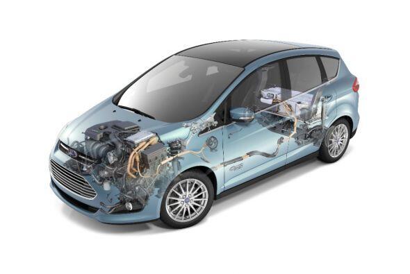 Ford C-Max Hybrid 2015- Su motorización está combinada con un 2.0L I-4 A...