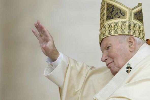 La reunión de los cardenales y obispos es la segunda etapa del proceso d...