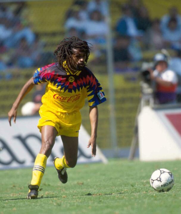 Jean Claude Pagal (Camerún) también jugó en 1994 con las Águilas. Solo e...